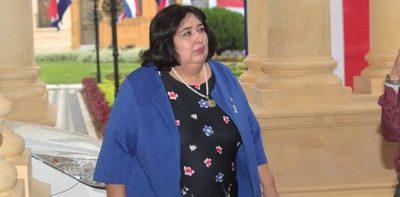 Diputados analizarán hoy interpelación de la Ministra de la Niñez