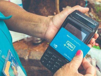 Hasta el 31 de enero se puede pagar con plata y tarjeta en los micros