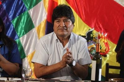 Lluvia de sillazos a Evo Morales: Crece el descontento contra el ex presidente