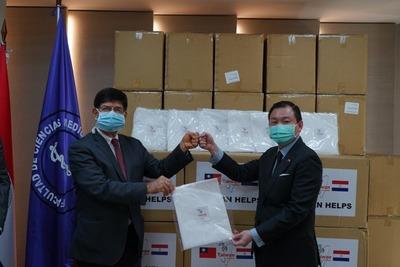 Medicina de la UNA y hospital de Taiwán firman convenio para capacitación de profesionales paraguayos