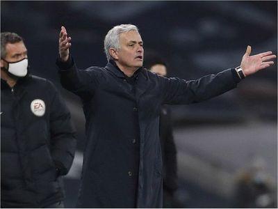 Mourinho cuestiona el problema de lesiones del Liverpool