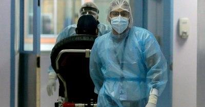 La Nación / Personal agotado se la juega ante explosión de casos de COVID-19 en Panamá