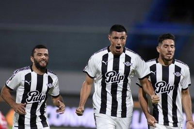 El duelo de los goleadores: Willian y Óscar 'Tacuara' Cardozo