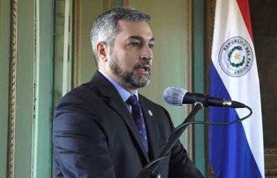 """En medio de maratónica interpelación a su ministra, Abdo se ratifica """"pro vida y pro familia"""""""