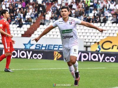 Roberto Ovelar no seguirá en Once Caldas