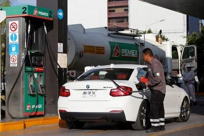 Pemex monetiza bonos por 4.800 millones de dólares para pagar deuda