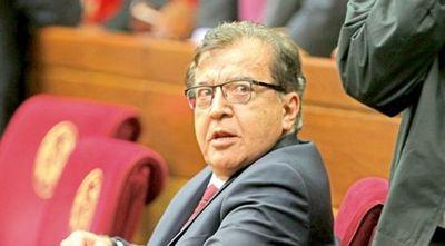 Nicanor repartió US$ 70 millones en ayuda social que no transparenta