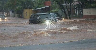 La Nación / Gran cantidad de lluvia caída generó raudales
