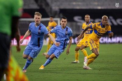 Tigres golea y elimina de la Concachampions al New York City de Jesús Medina