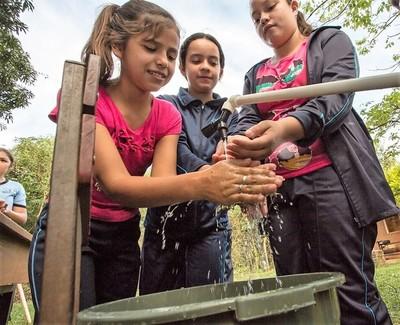 Apelan a la música para concienciar en comunidades rurales sobre el uso correcto del agua