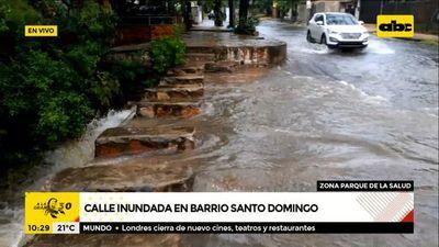 Calle inundada en zona del Parque de la Salud