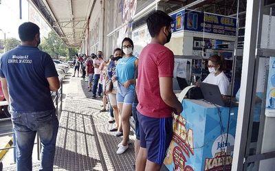 Aprueban ley que sanciona a revendedores de tarjetas del billetaje electrónico