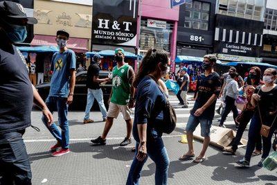 La pandemia hundió a Brasil en recesión y superarla exigirá reformas, dice la OCDE