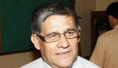 HOY / Revocan sentencia que sobreseyó a cura procesado por acoso en Limpio