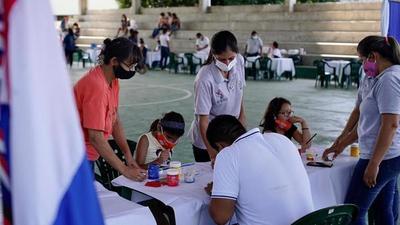 Mujeres de Alto Paraguay recibieron los servicios de Ciudad Mujer Móvil