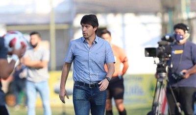 Con Garnero, ¿Libertad buscaría también a cuatro jugadores de Olimpia?