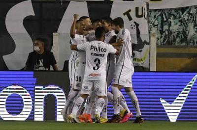 Santos golea y es semifinalista de la Copa Libertadores, ocho años después