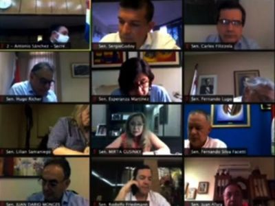 Instan a mantener apoyo a Asamblea, crítica a   Maduro
