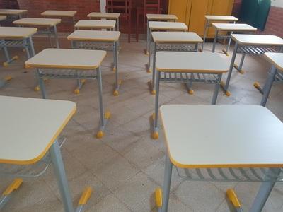 MEC distribuye mesas por valor de G. 900.000 cada una en Concepción