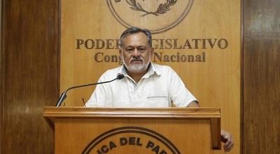 Sixto Pereira repudia que Ejecutivo haya optado por endeudar al país pero en favor de los poderosos