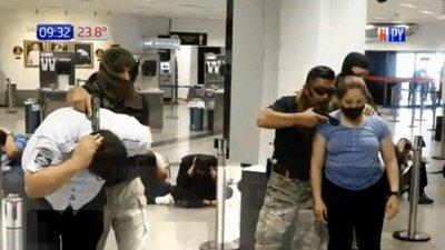 Simulan asalto en Aeropuerto Silvio Pettirossi