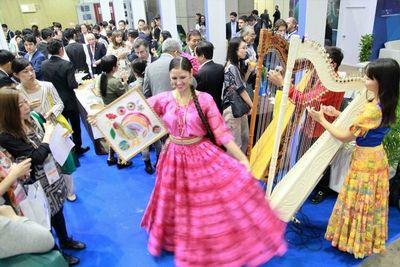 Sector turístico internacional se informa  sobre atractivos de nuestro país