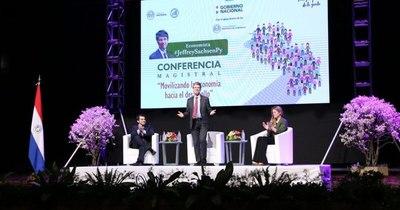 La Nación / Jeffrey Sachs se presenta hoy en el foro virtual de economía verde
