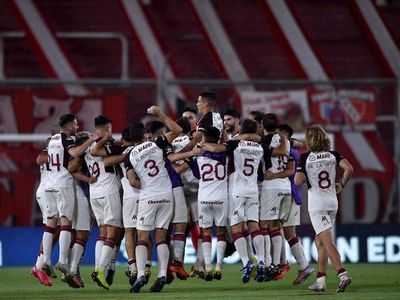 Lanús se cita con Vélez en las semifinales
