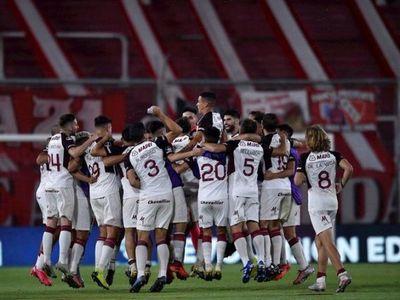 Lanús se cita con Vélez en las semifinales de la Copa Sudamericana