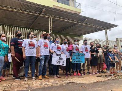 Familiares del niño muerto en accidente de tránsito se manifestaron frente a tribunales – Diario TNPRESS