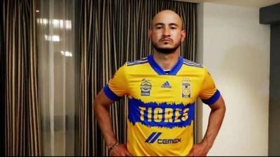 """HOY / Carlos González: """"No me da miedo dejar un equipo como Pumas y tomar este nuevo rumbo"""""""