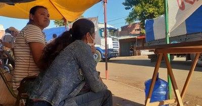 """La Nación / Manifestantes """"liberan"""" a camioneros en Encarnación"""