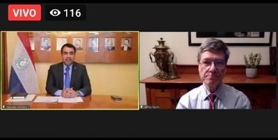 HOY / Jeffrey Sach resalta energía limpia y verde de Paraguay