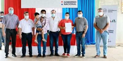 MDS entrega contratos a 75 familias de 21 territorios sociales