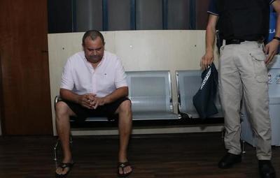 Juez declara en rebeldía al brasileño Wilmondes