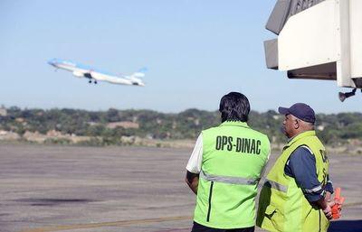 Dinac pospone para enero la tercerización de la recaudación por uso de espacio aéreo