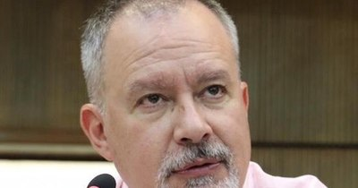 La Nación / Silva Facetti rechaza las amenazas de Alegre y dice que la convención tendrá la palabra