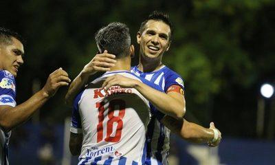 12 de Octubre vence a Cerro Porteño y clasifica a la Sudamericana