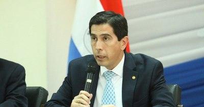 La Nación / Es delicado pedir mediación a la Cruz Roja, dice canciller