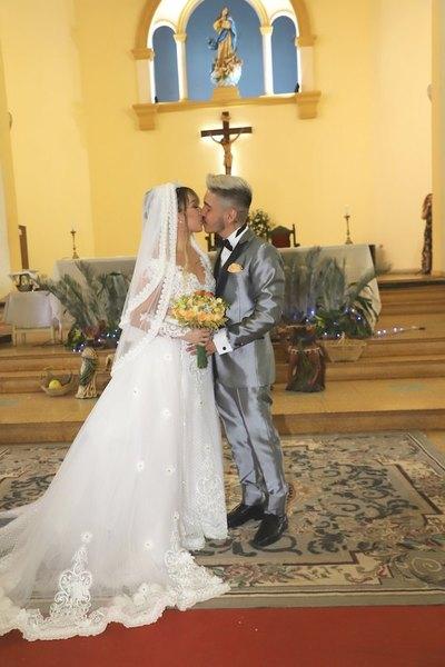 Crónica / YA SON MARIDO Y MUJER. Marilina y Will se juraron amor eterno
