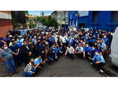 Llanistas hacen convención desafiando a Directorio azul