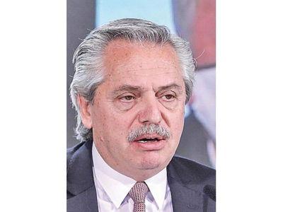 Fernández prepara una visita  a Paraguay