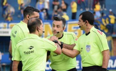 HOY / Carlos Paul será árbitro de FIFA desde el 2021