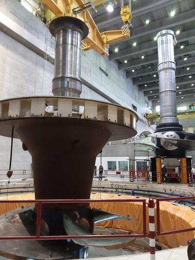 Turbinas de Yacyreta serán puesta en servicio comercial