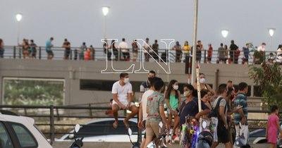 """La Nación / COVID-19: """"El 80% de los contagios se produce en eventos sociales"""""""