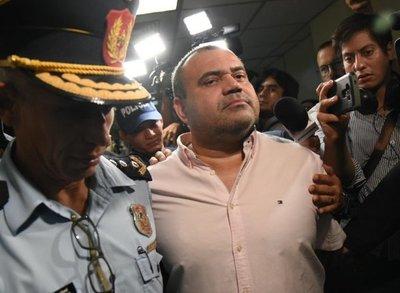 Juez emplaza a la abogada de Wilmondes Sousa y a los fiadores para que presenten al rebelde