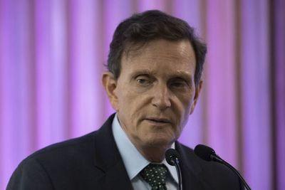 """Alcalde de Rio de Janeiro detenido por """"liderar organización criminal"""" de sobornos"""