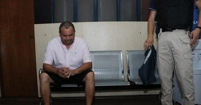 La Nación / Juez ordenó la captura internacional de Wilmondes Sousa Lira, exrepresentante de Ronaldinho