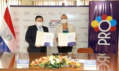 SET y Pro Desarrollo firman convenio