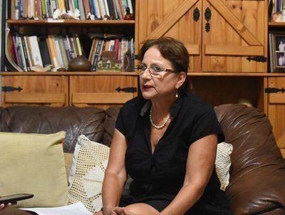 """Guillermina Kanonnikoff dice que proyecto para regularizar tierras en Marina Cué """"es algo muy esperado"""" · Radio Monumental 1080 AM"""